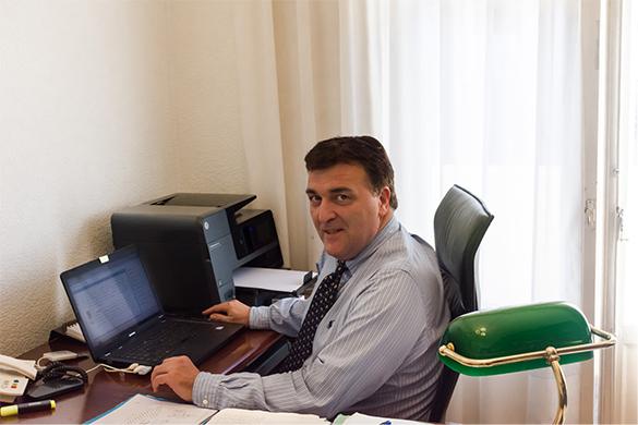 Carlos Montero abogado